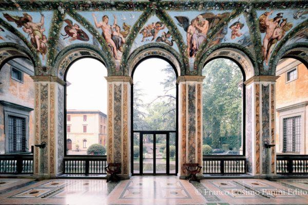 Villa-Farnesina-Loggia-di-Amore-e-Psiche-vista-da-sud