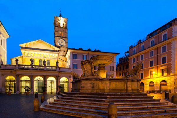 piazza-santa-maria-in-trastevere-2